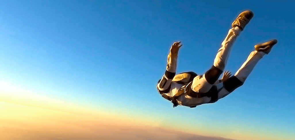 Skydiving with stoma