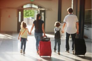 4 Tips to Keep Your Entire Family Healthy While You Travel